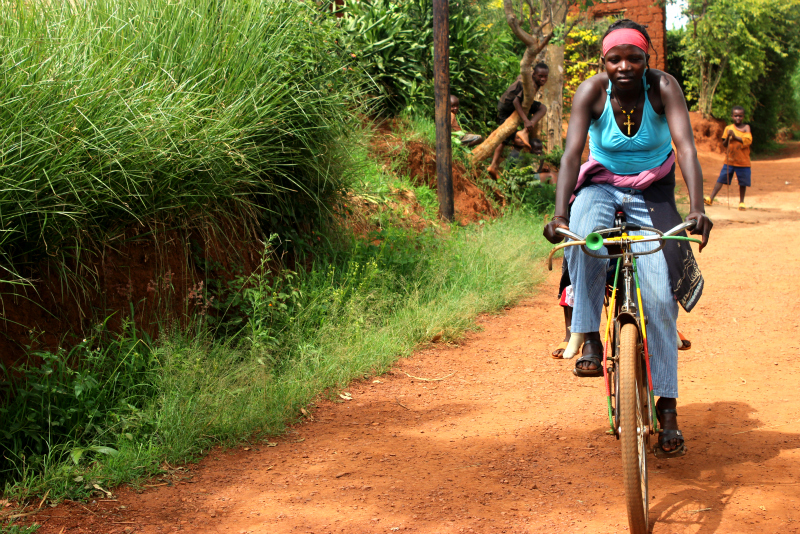 Alphonsine is earning an income in Rwanda